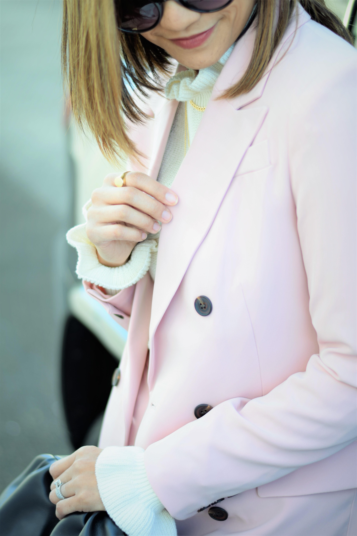 PinkSuit_2021April_8